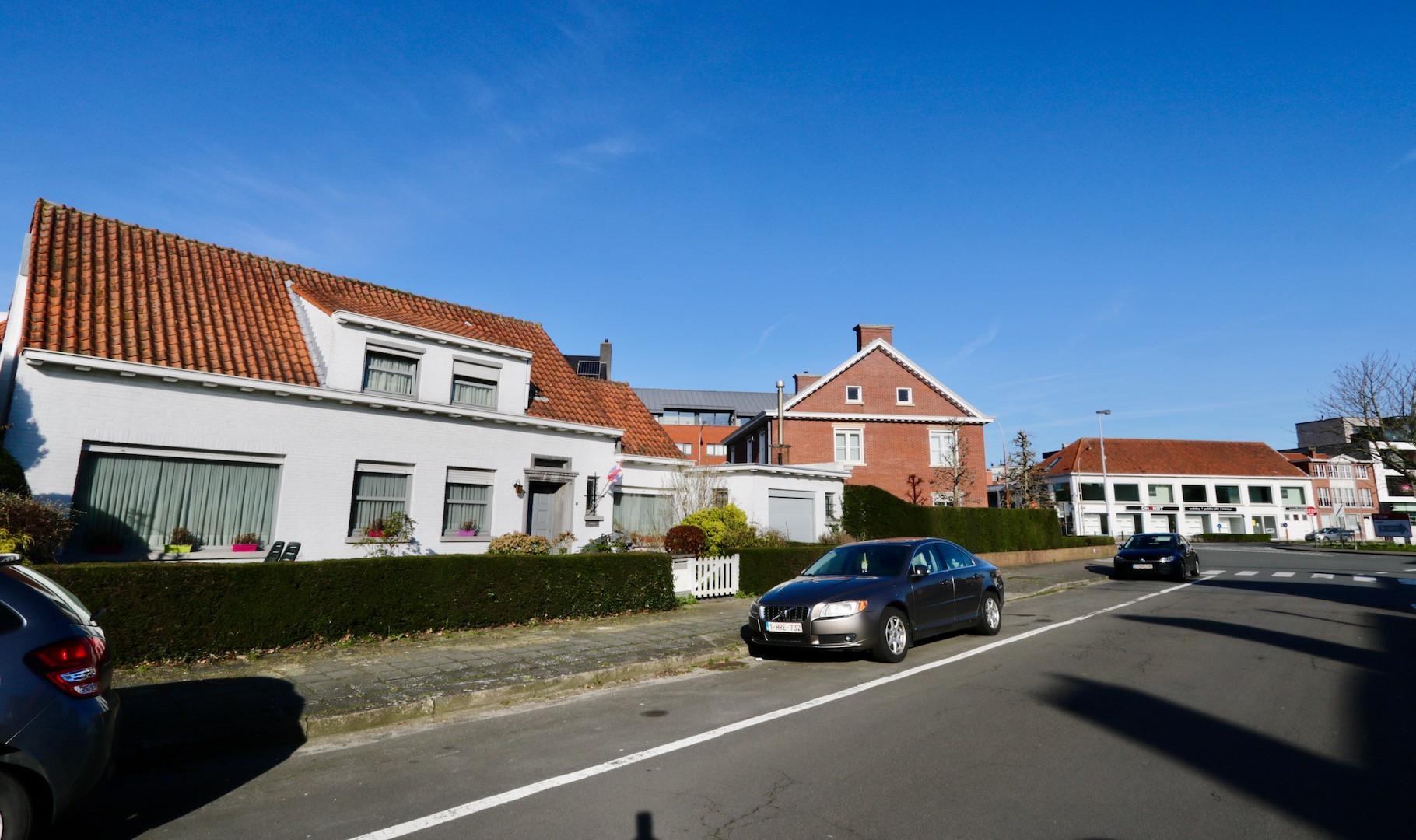 Alleenstaande villa aan de rand van de stad - met garage en tuin - 2 slaapkamers