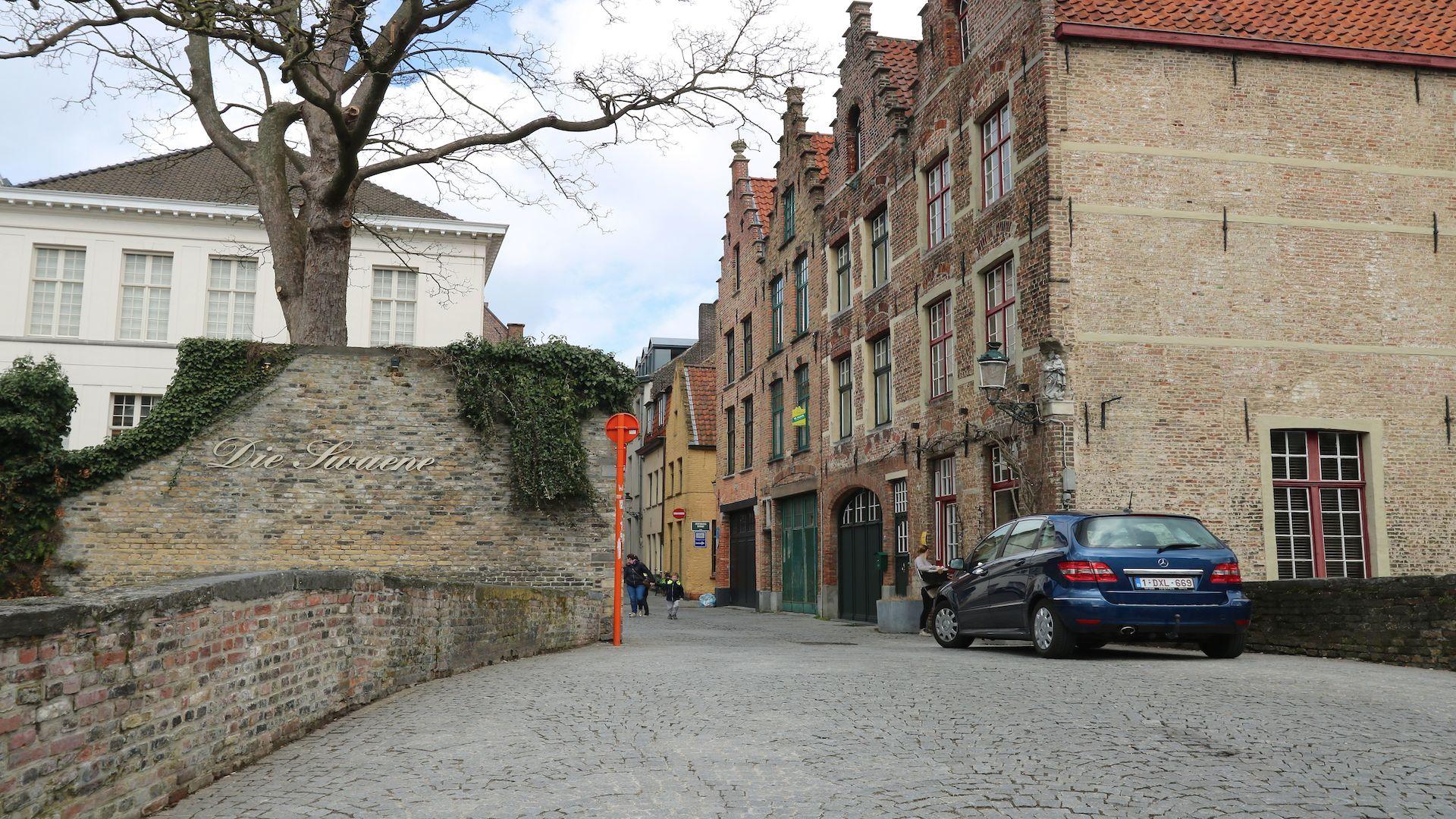 Gerenoveerd trapgevel woning-schilderachtige ligging bij Groene Rei